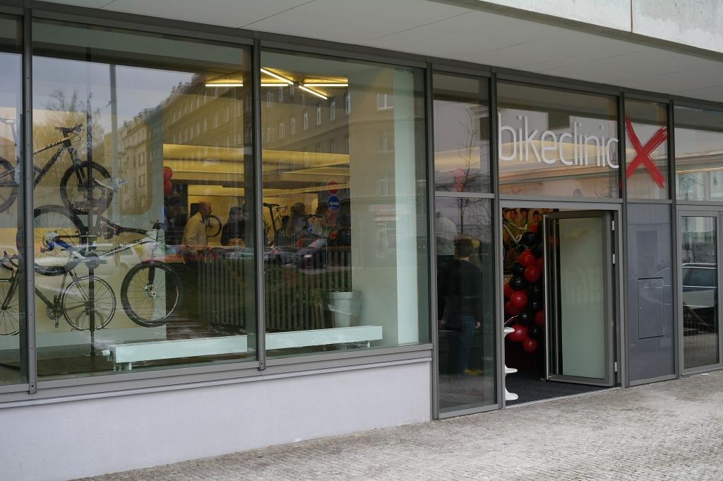 Rezidence Korunní je sídlem kliniky, kde u vstupu 30 Kč neplatíte.