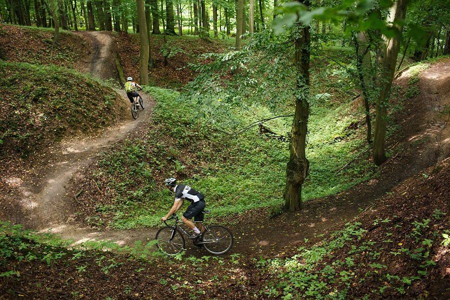 Velo 10/2014 - Velo trail guide Plzeň