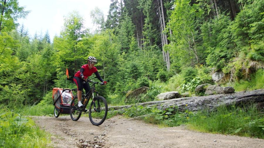 Velo 10/2017 - Na biku s vozíkem - Jizerské hory 2