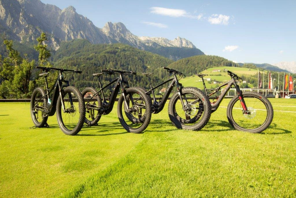 specialized_pedal_assist_launch_stills_49