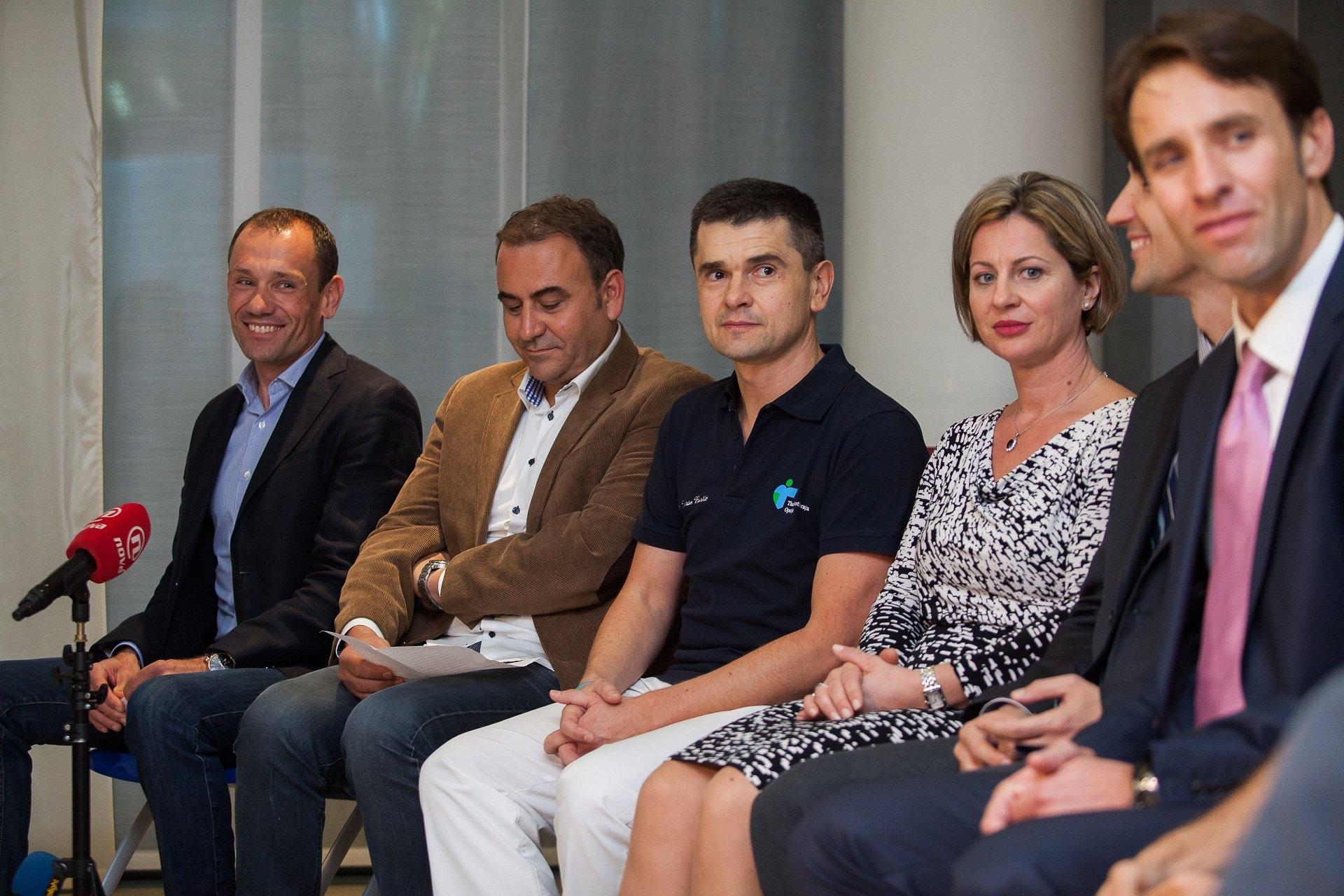 Vladimir Miholjević, Viktor Peršić, Vedran Buršić, Irena Peršić Živadinov i ostali govonici na press konferenciji u klinici Thalassotherapia Opatija