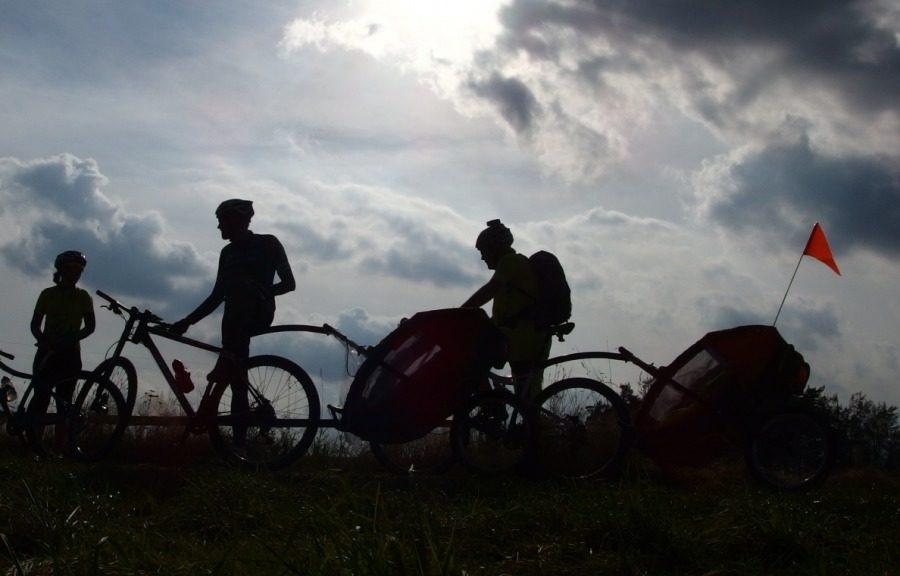 Velo 7-8/2017 - Na biku s vozíkem - Kanada