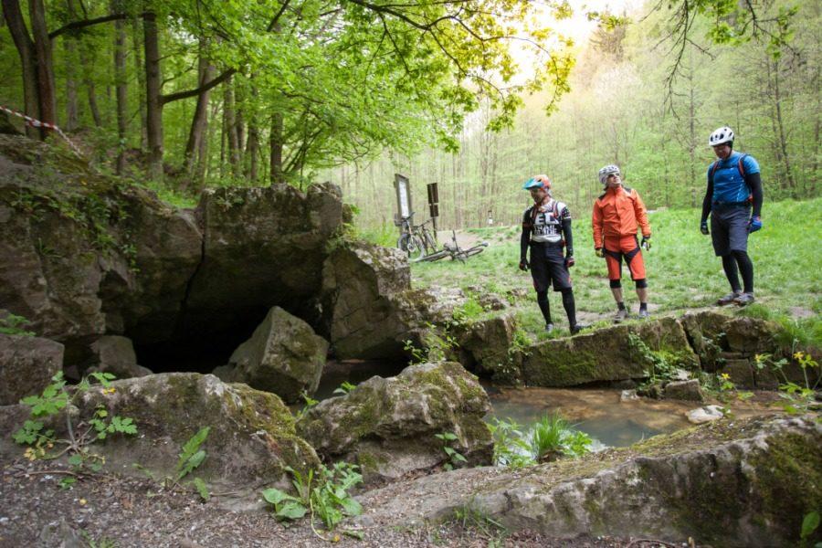 Velo 9/2017 - Velo trail guide Moravský kras 2. den